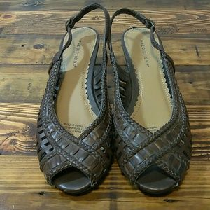 Predictions open toe sling back brown sandals